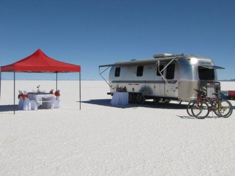 Air-stream camper. Solar de Uyuni